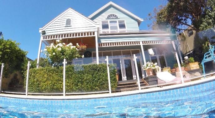 Ellen's beaut house